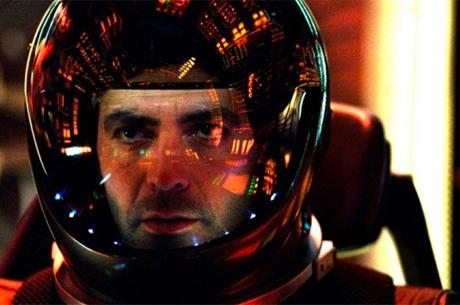 George Clooney'nin The Midnight Sky'dan İlk Kareler