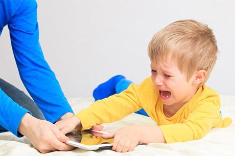 İnternetin Doğru Kullanılması İçin Ebeveynlere Öneriler