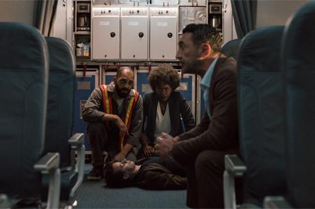 Netflix İmzalı Into The Night'in Tanıtım Fragmanı Paylaşıldı