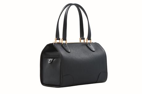 a84e76d39c41f Dünyaca ünlü markaların 2014-15 Sonbahar / Kış çanta koleksiyonları, Beymen  mağazalarındaki yerini alıyor.