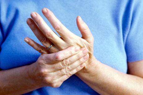 Ellerinizdeki Uyuşma ve Ağrıları Hafife Almayın!