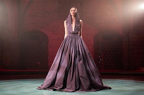 Cihan Nacar 'ın Yeni Koleksiyonu 'Divine' Göz Doldurdu!